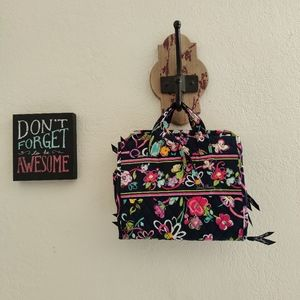 Vera Bradley 💜 Hanging Travel Cosmetic Case Flora